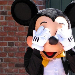 Mickey Santa's Club